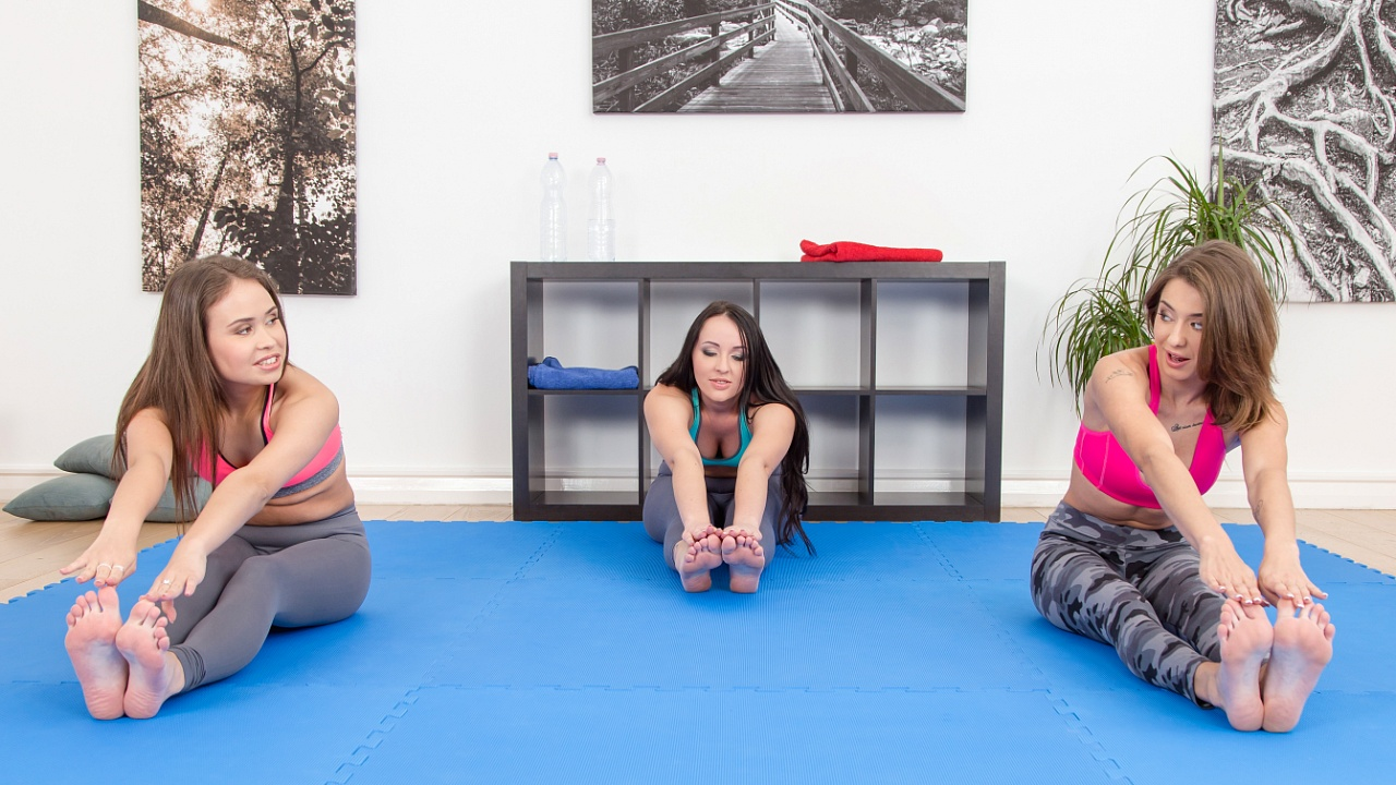 Gymnastic trio