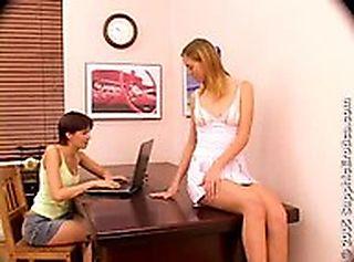 Office Antics screenshot #1