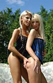 Clara G & Jasmin pic #3