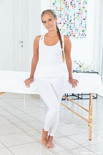 Healing massage pic #4