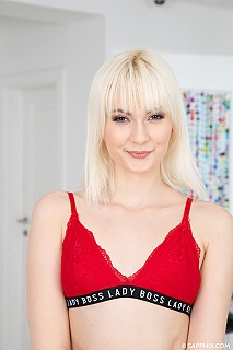 Miss Melissa pic #2