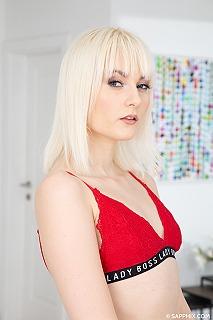 Miss Melissa pic #4