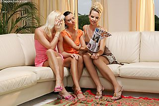 Sofa Threesome pic #3