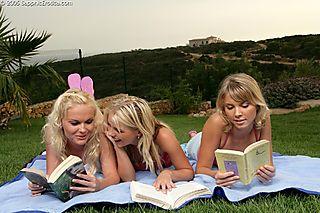 Backyard Erotica pic #4